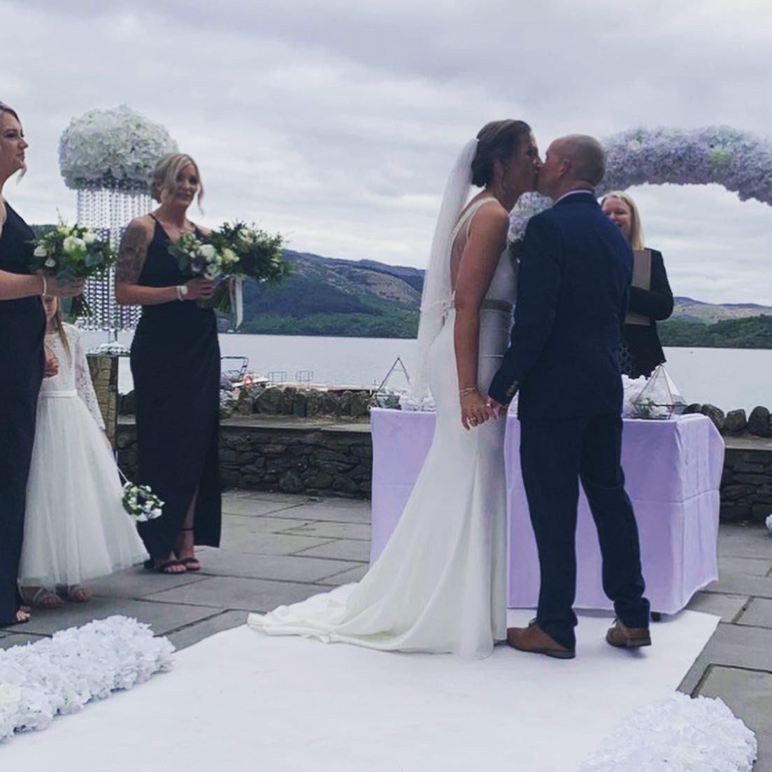 Jamie and Kerry - Lodge on Loch Lomond - Photo provided by couple